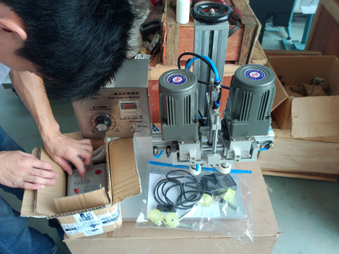 SCREW capping machine benchtop for jorge.jpg