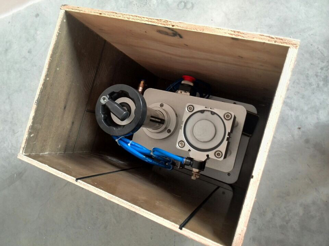 crate for crimping machinery (2).jpg