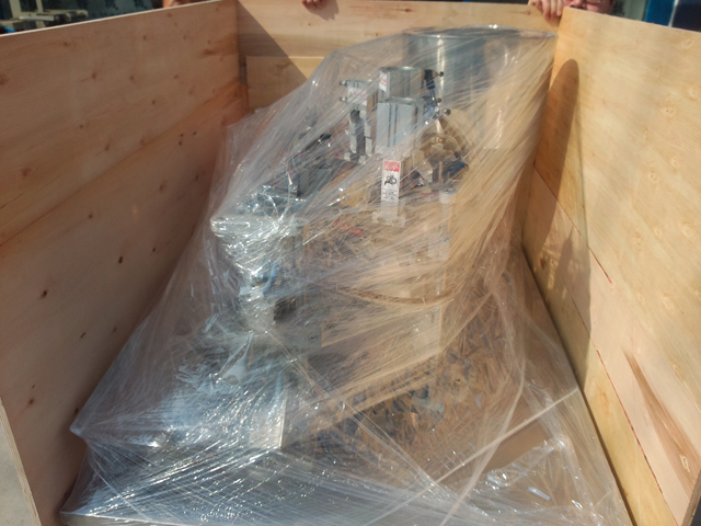 WOODEN case packing for machines.jpg