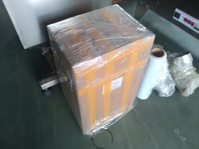 packing for vials crimping machine.jpg