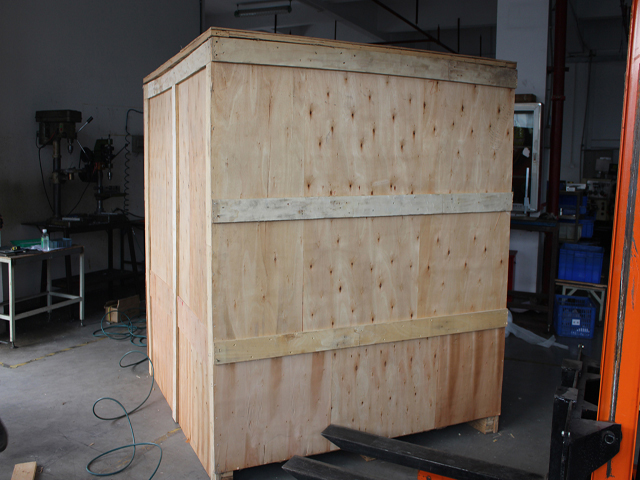 wooden case packing for filling capping.jpg