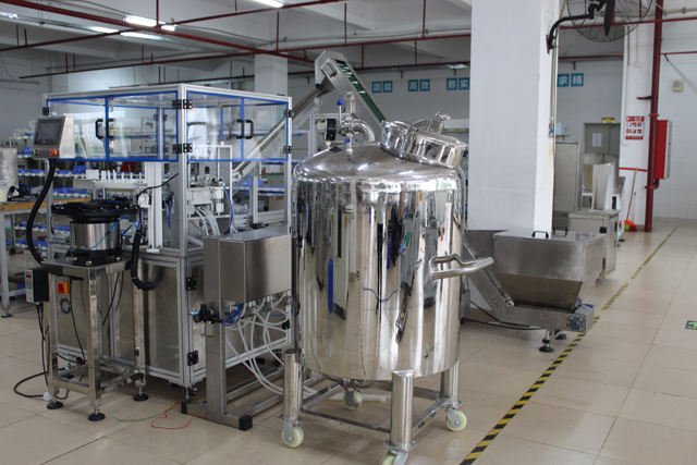 automatic gel filling equipment.jpg