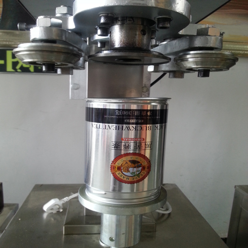 Beer tin cans sealing capping machine container screw capping machine metal drinking bottles capper equipment stainless steel cans sealer capper machinery