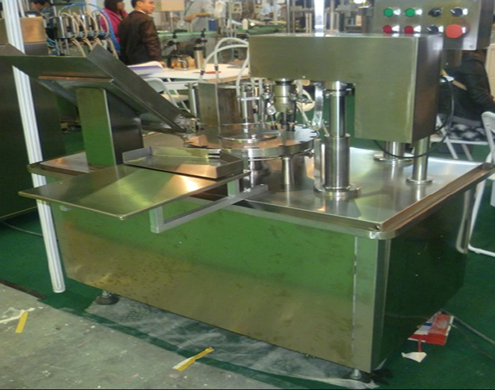 Rotary Filling Screw Metal Caps Capping Machine Automated
