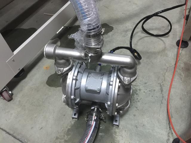 transfer pump for filling materials (1).JPG