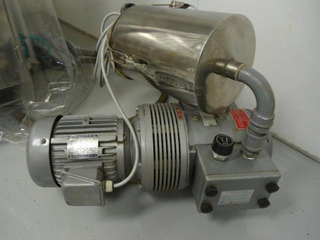 vacuum pump for capsule filler.jpg