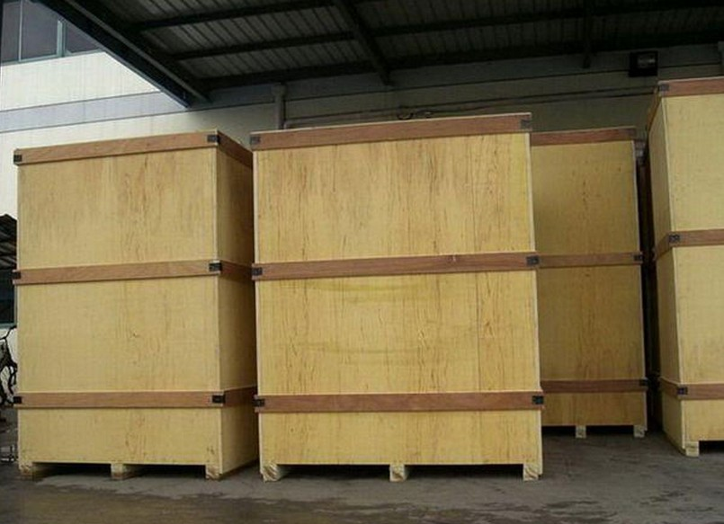 wooden case packing for tubes filling sealing.jpg
