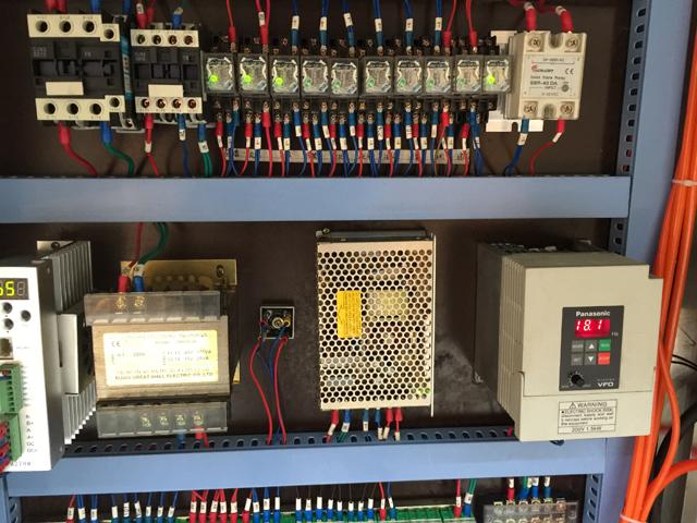 TUBES FIller sealer.jpg