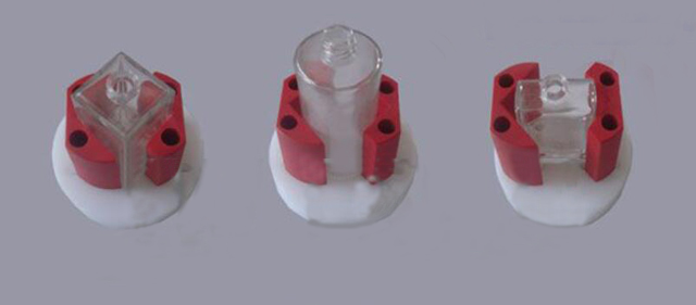 adjustable mould for different sizes of glass bottles.jpg