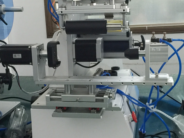 YX-LM520A labeling machines labeling head .jpg