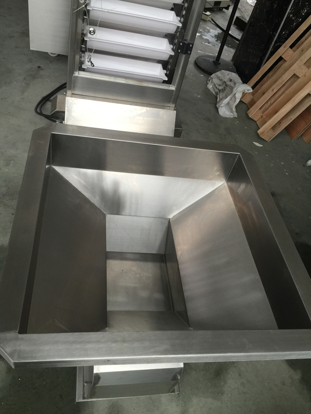 stainless steel hopper for packing machines.jpg