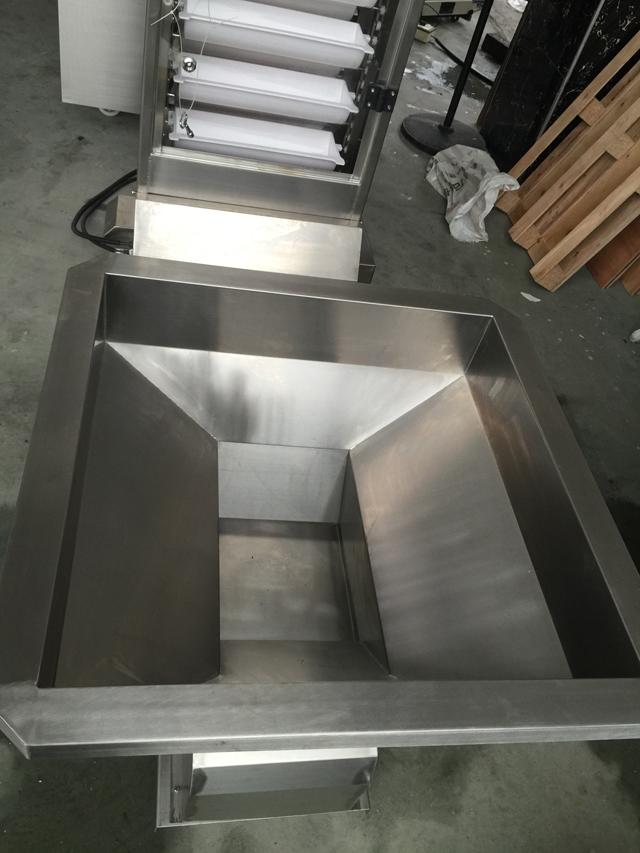stainless steel hopper for packing machines.jpg