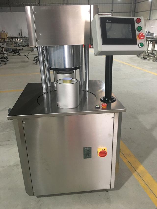 SEMI AUTOMATIC vacuum seaming machine.jpg