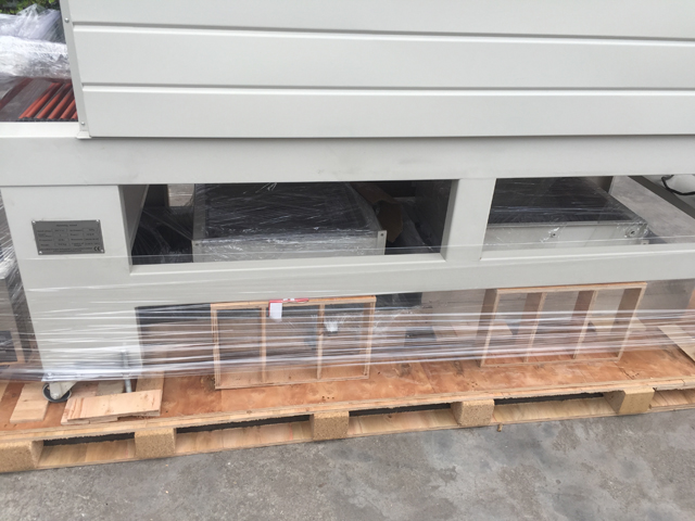 wooden case for sealing shrinking machine (1).JPG