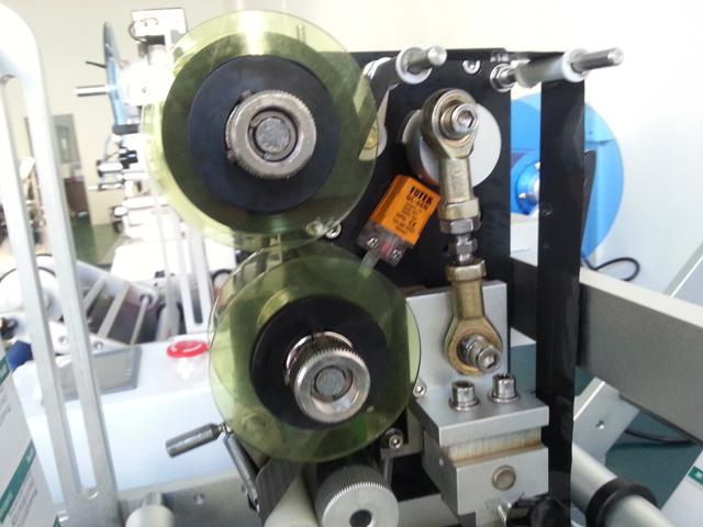 for eran semi automatic tubes labeling machine syringe with