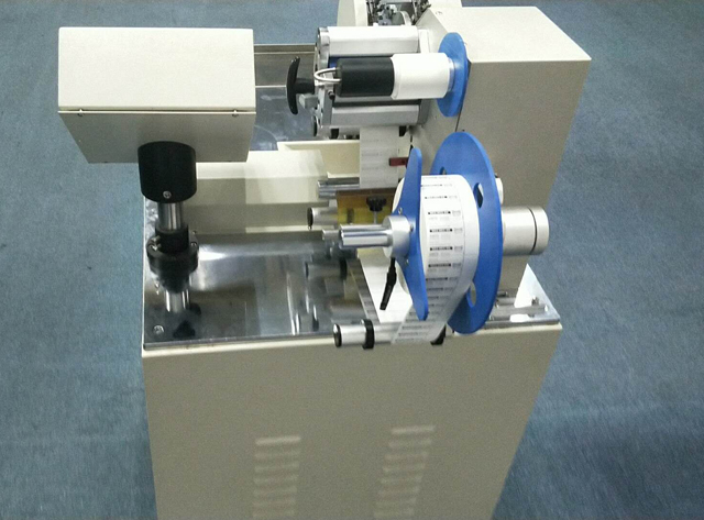 back side wire labeling machine semi automatic.jpg